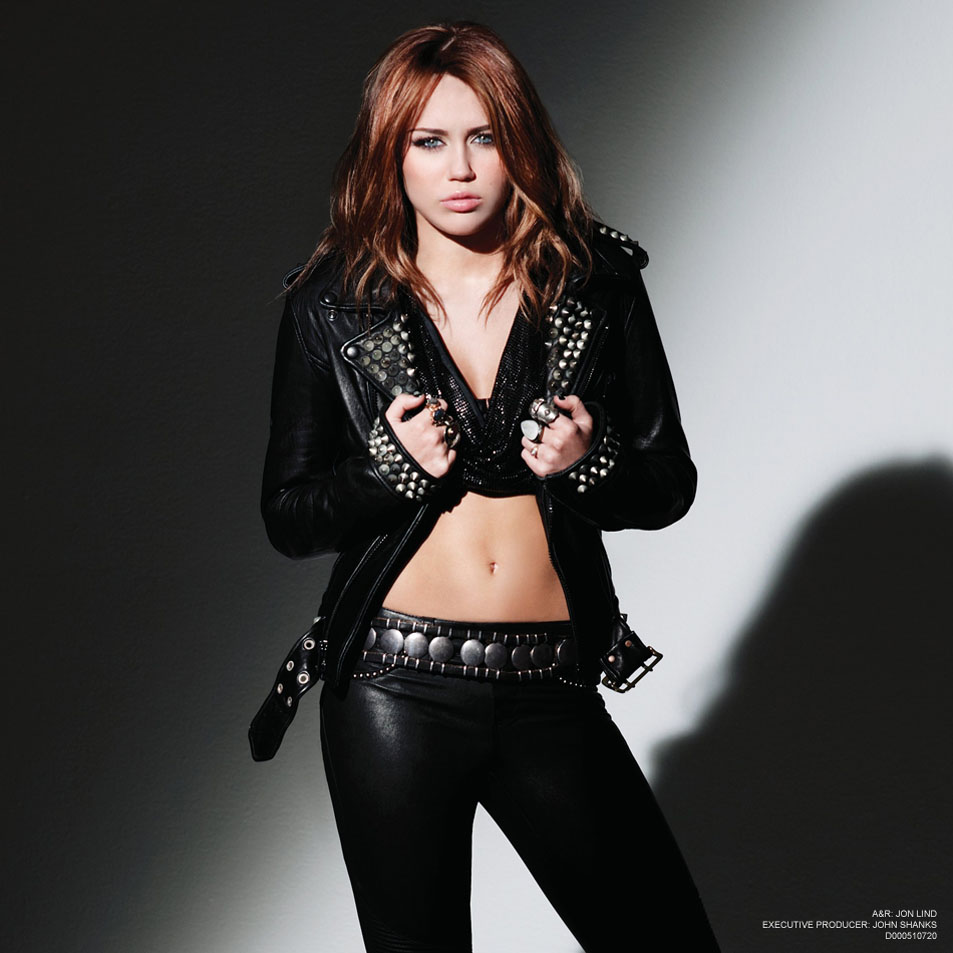 http://celebrityfix.files.wordpress.com/2011/10/miley_cyrus.jpg